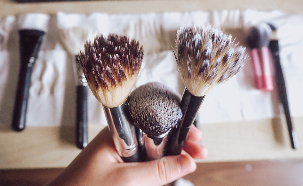Clean makeup brushes image