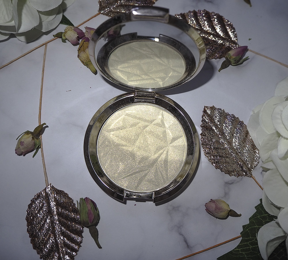 BECCA Shimmering Skin Perfector Pressed Highlighter in Vanilla Quartz image