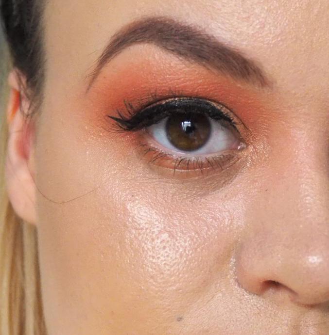 Makeup Revolution x Soph highlighter palette image