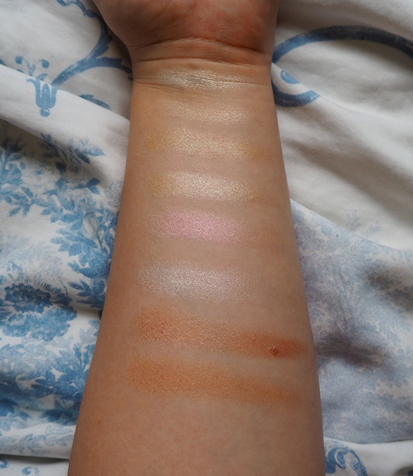 Makeup Revolution x Soph highlighter palette swatches image