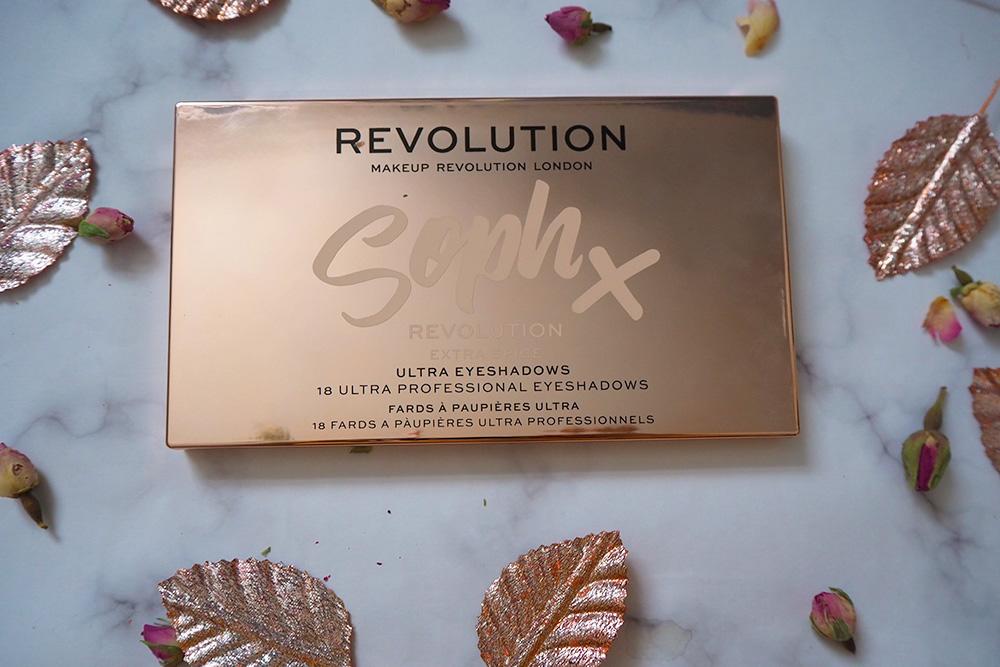 Revolution x Soph Extra Spice eyeshadow palette image