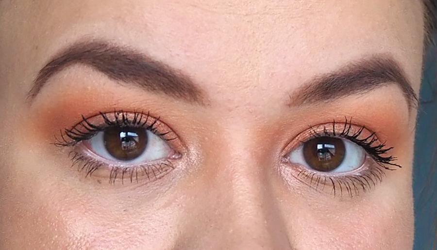 Summer makeup eyeshadow look image