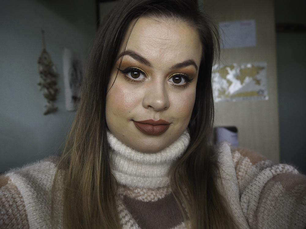 autumn makeup look image