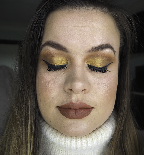 Autumn makeup look image