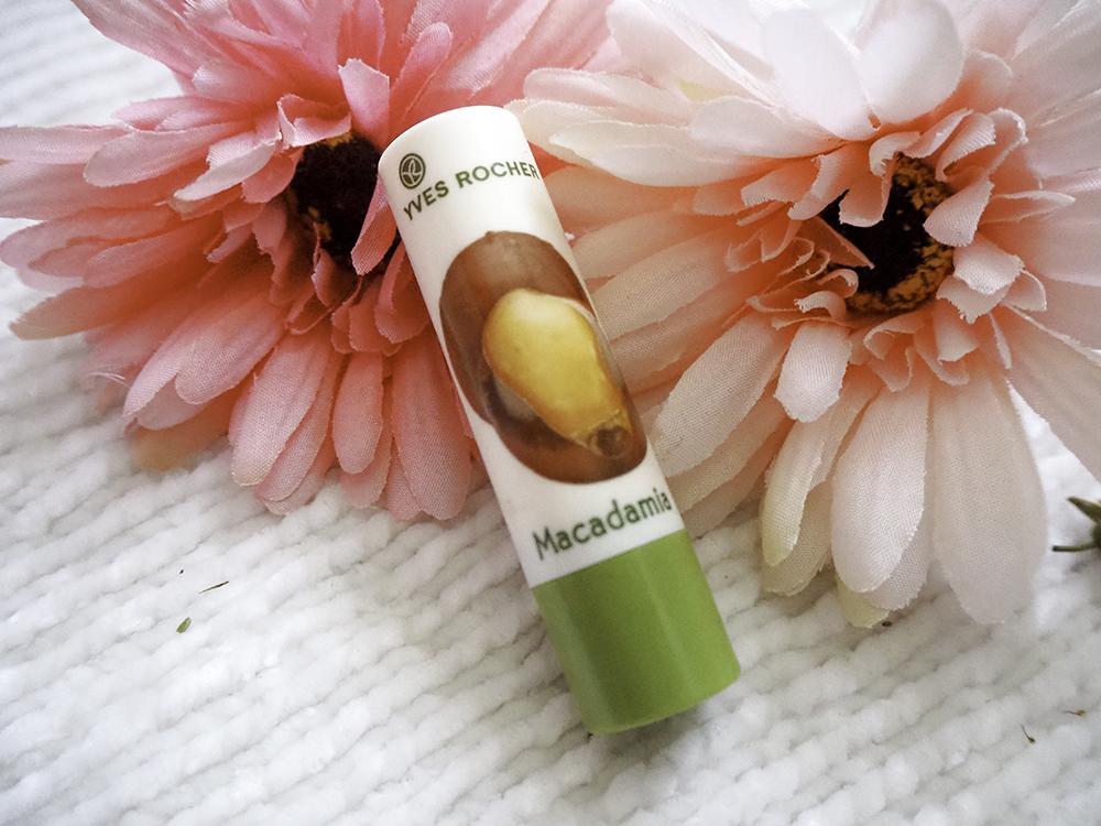 Yves Rocher Nourishing Lip Balm in Macadamia image