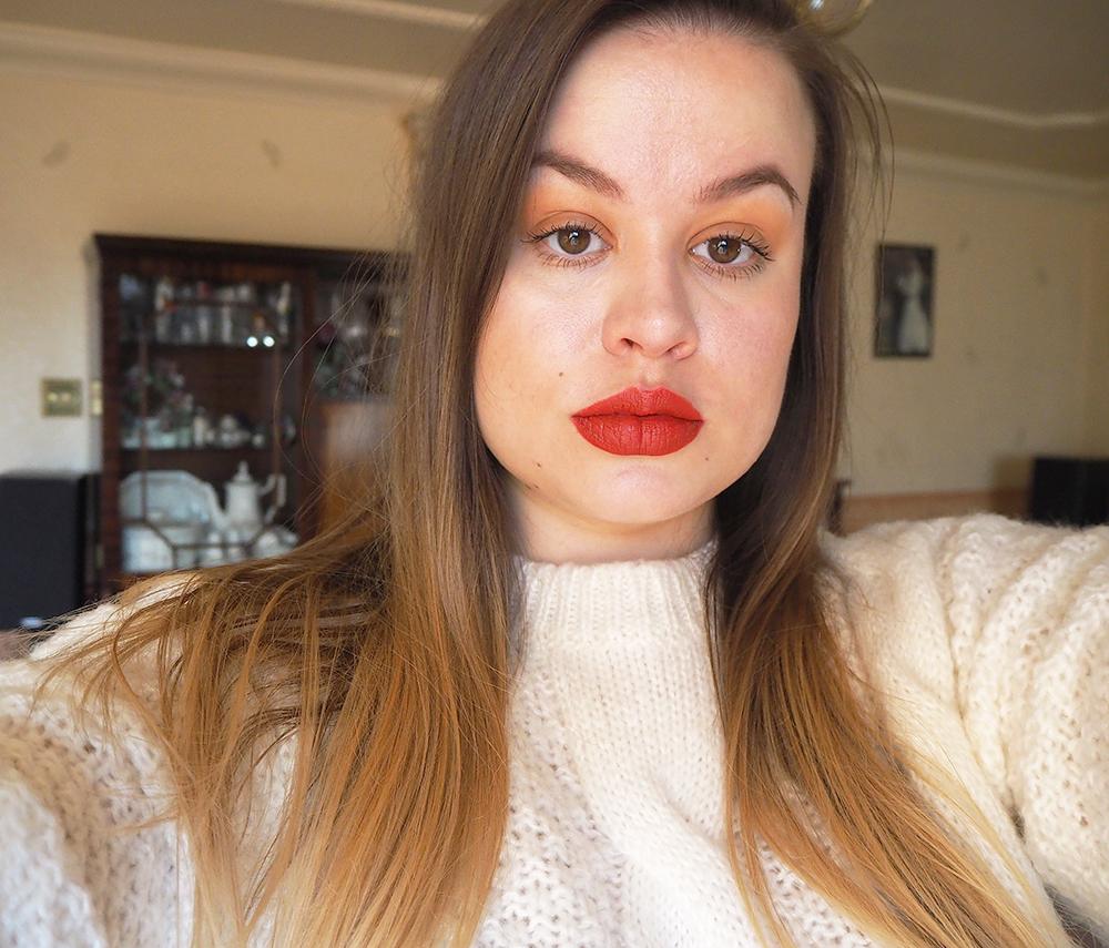 Parisian makeup look image