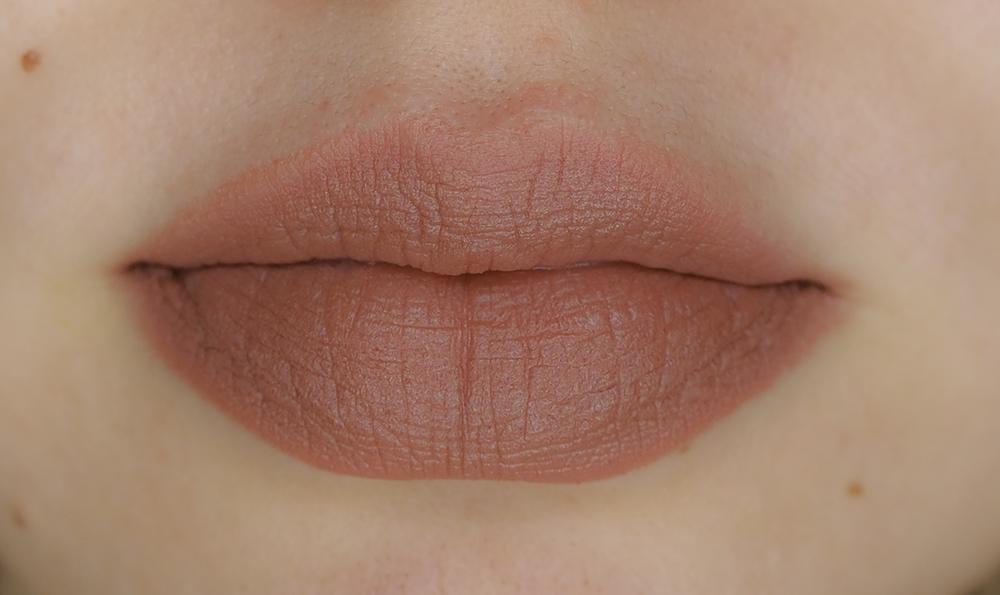 Charlotte Tilbury Matte Revolution Pillow Talk Original lipstick image