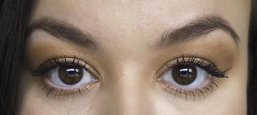 Soft brown smokey eye image