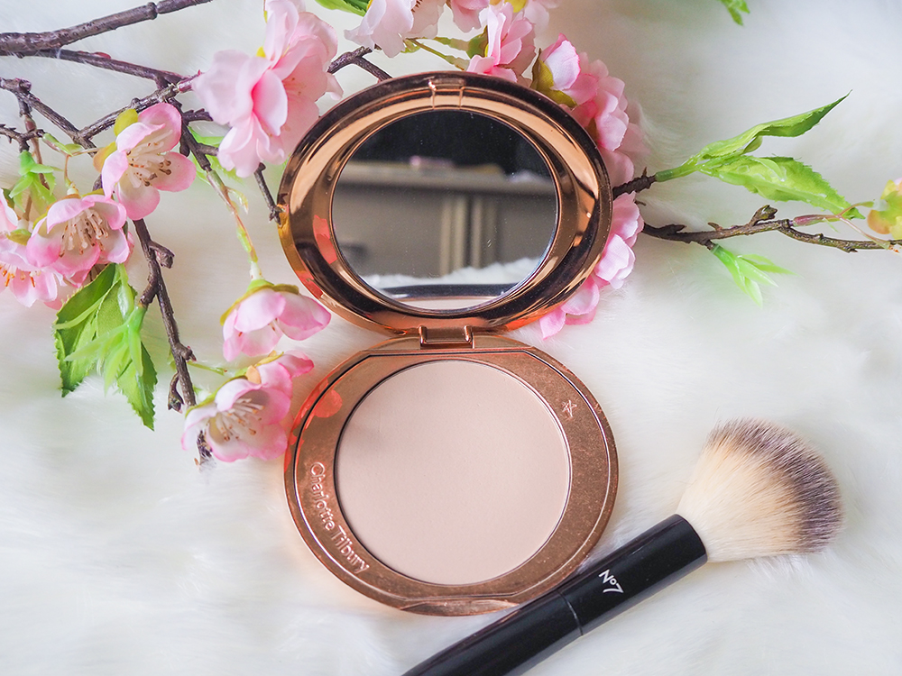Charlotte Tilbury Airbrush Flawless Finish Powder image