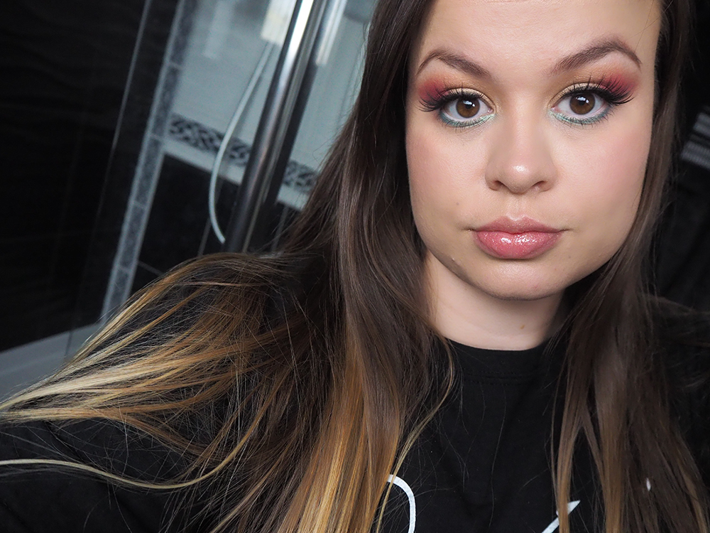 Tropical eye makeup image