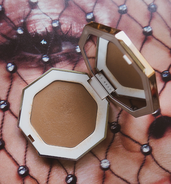 Fenty Beauty Cheeks Out Freestyle Cream Bronzer image