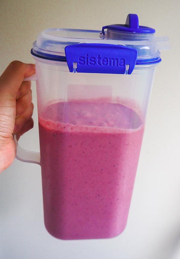 Healthy smoothie recipe image