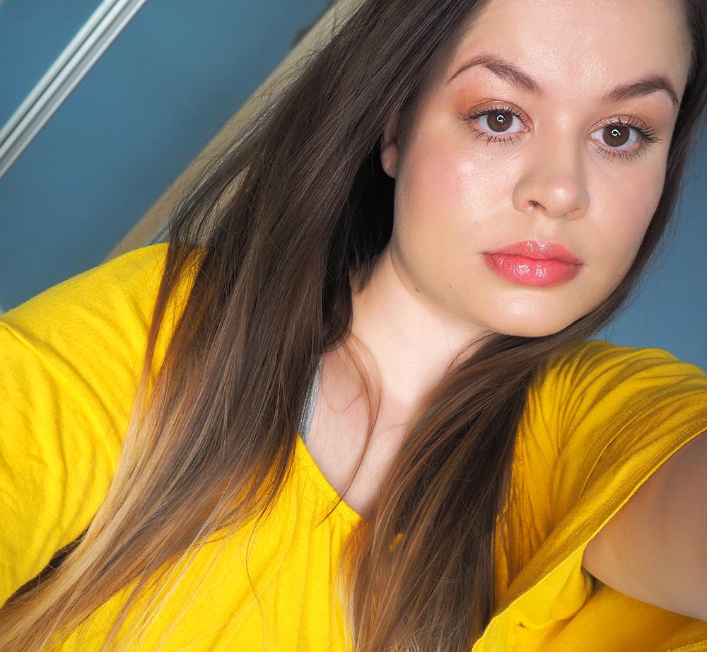 Glass skin makeup look image